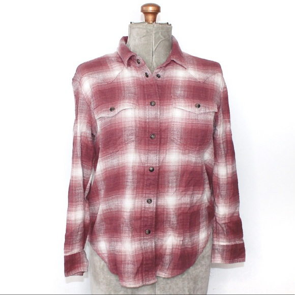 🎀3/$30 American Eagle Pink/Red White Flannel